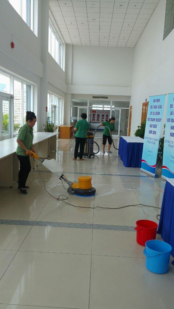 vệ sinh tòa nhà tại TPHCM