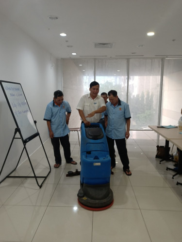 công ty vệ sinh công nghiệp quận Bình Thạnh