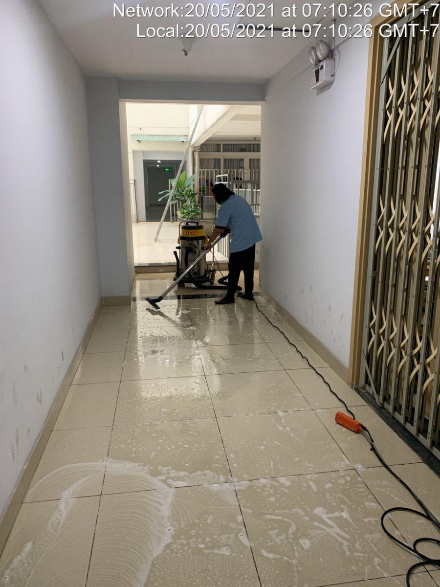 thuê công ty vệ sinh trường học