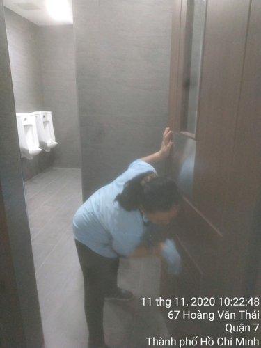 vệ sinh tòa nhà