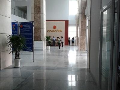 Vệ sinh tòa nhà văn phòng chuyên nghiệp