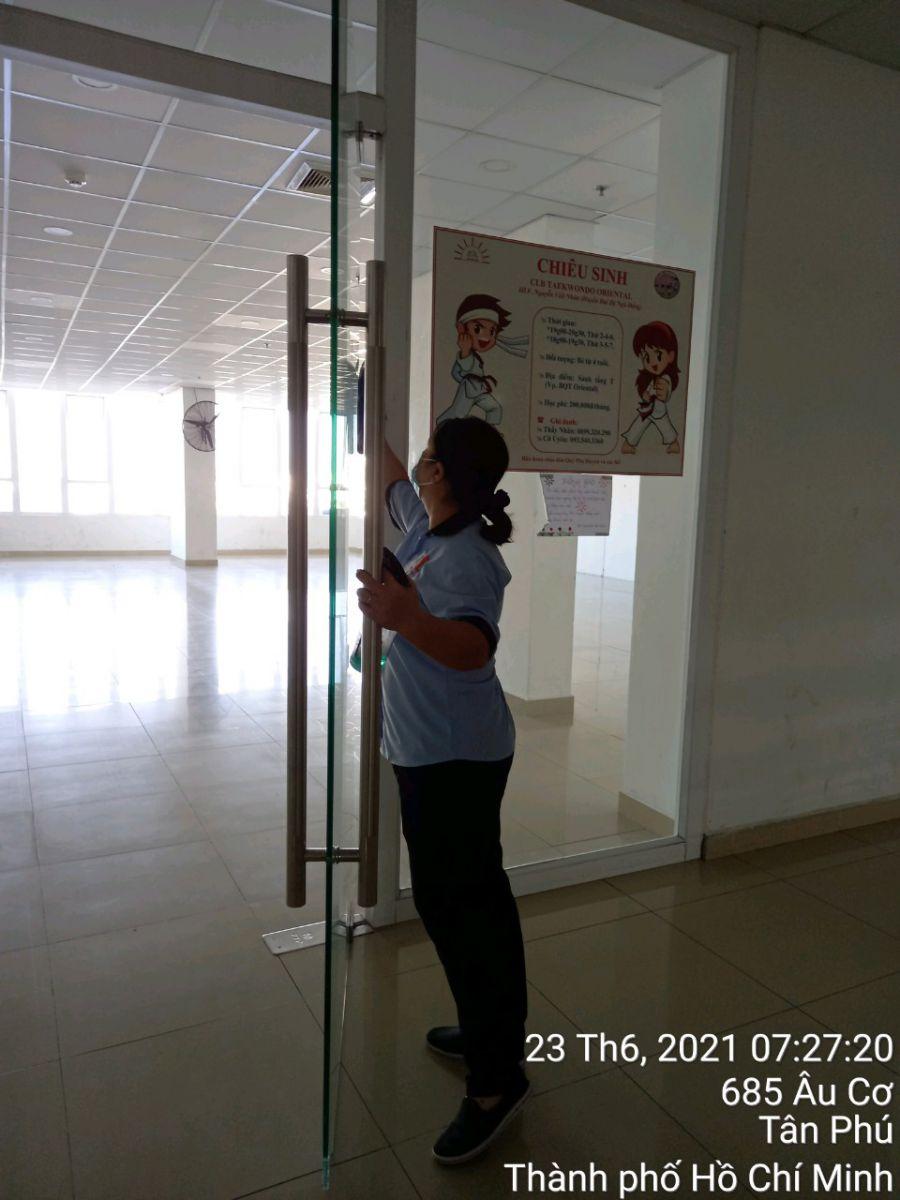 vệ sinh trường học ở Tân Bình